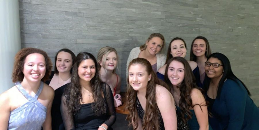 Smiling+with+some+of+my+friends+from+Padua+before+our+last+Winter+Ball.