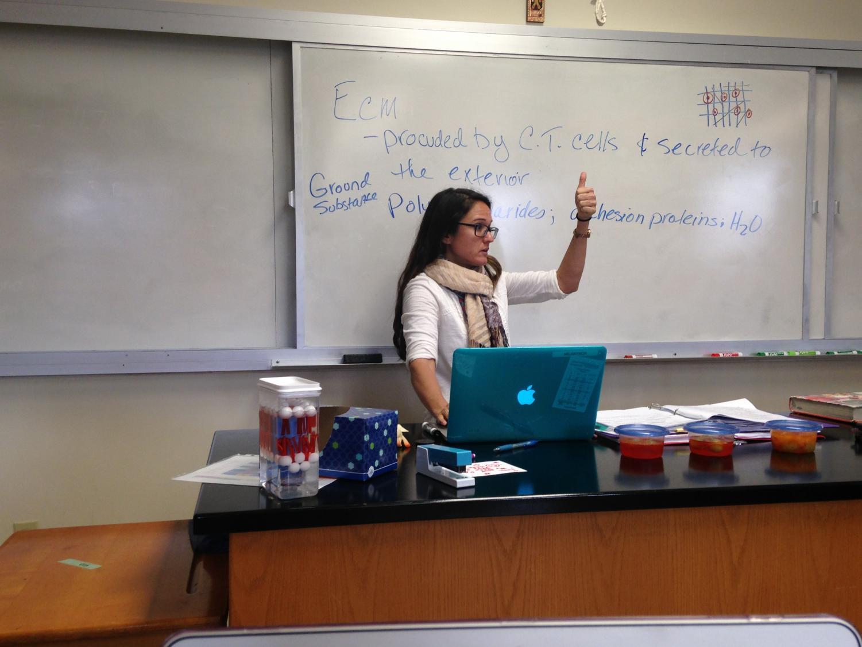Ms. Gaynor teaches her Anatomy & Physiology class.
