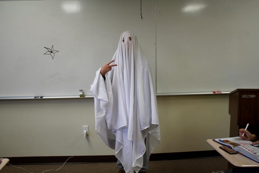 Emma Okoniewski dressed up as a ghost!