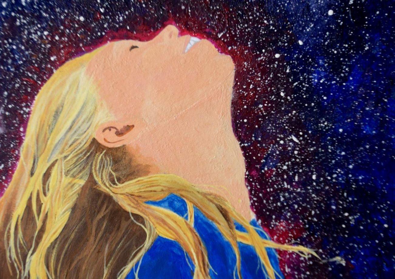 Tess Edwards enjoys expressing herself through sketching and painting.