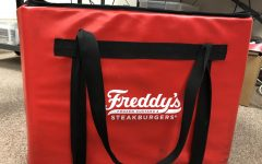 Freddy's Steakburgers Franchise Owner Gives Students Inside Scoop to the Business World