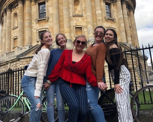 Students in front of Cambridge  University